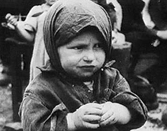 1322475779_ne-proshhu-vojnu-za-ukradennoe-detstvo