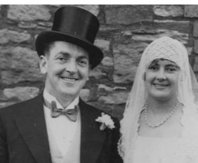 1930_wedding_photo_duo_hilda
