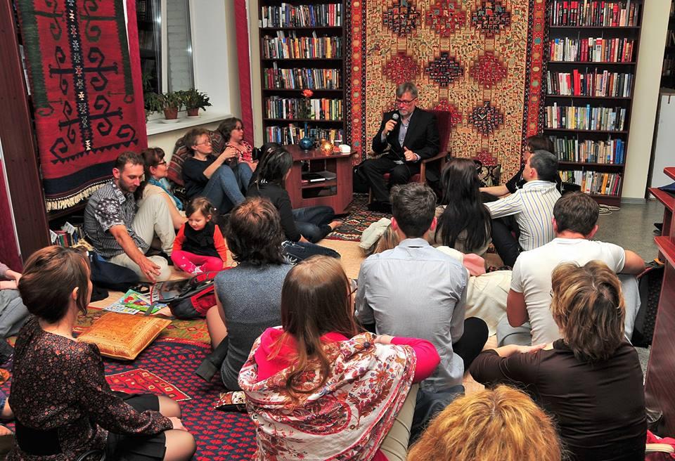 Сергей Куприянов: Просто выдавать книги
