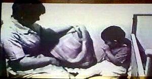 Женщина сосёт мальчиком видео фото 675-261