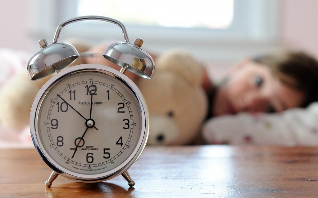 прикольные картинки с часами время шесть часов следим постоянным