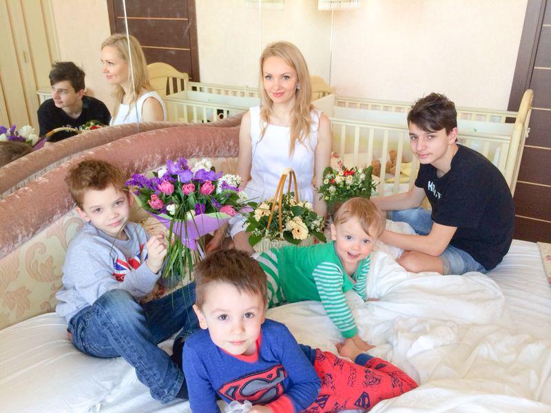 Ирина и Андрей Конусовы: Мы хотим, чтобы дети, глядя на нас, тоже создали крепкие семьи