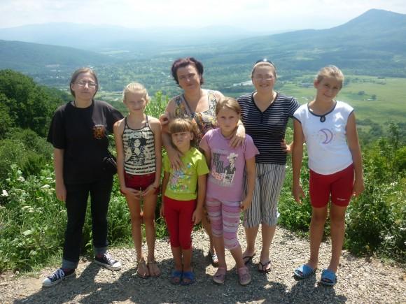 Алла Черкашина с дочерьми