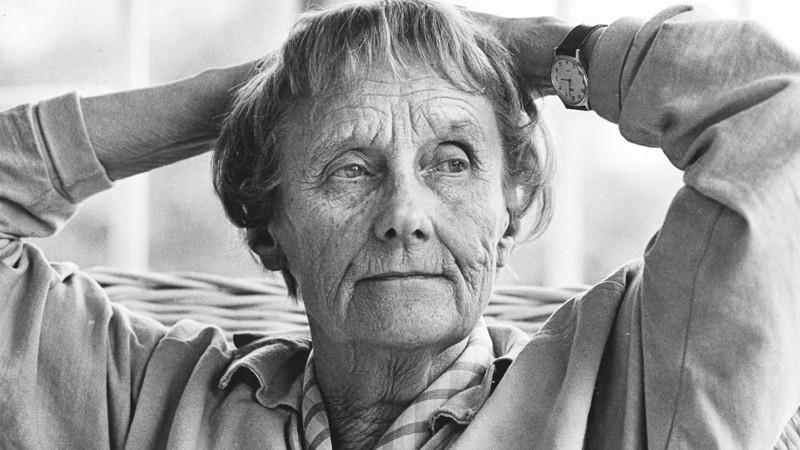 10 самых известных писательниц всех времен