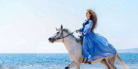 Дунаева_конь