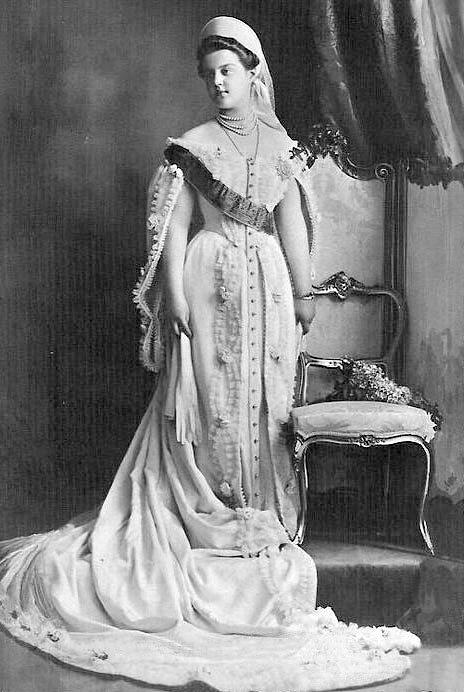 Великая княгиня Мария Романова: Не плачьте, все устроится