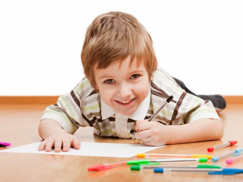 Загружать ли ребенка учебой на каникулах