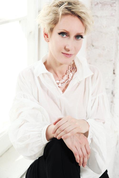 Ирина Богушевская: Меня дразнили книжным червяком!