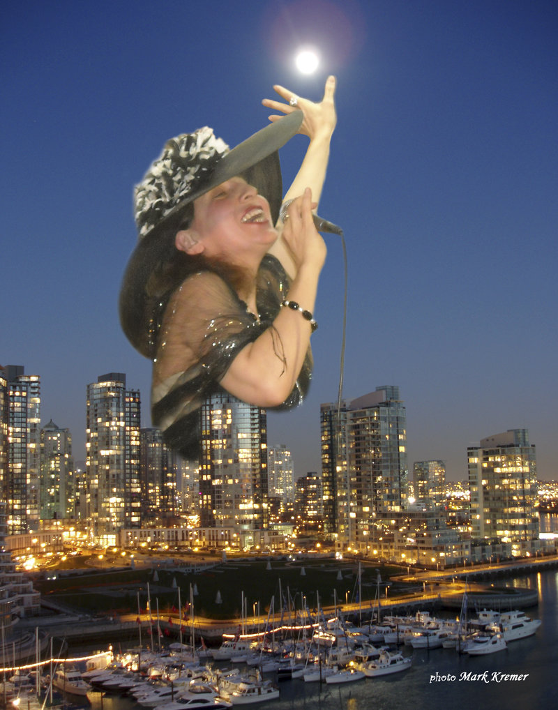 Vancouver_full_moon_converted