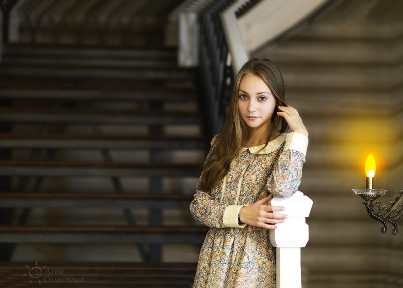 Русская стеснительно нежная девушка