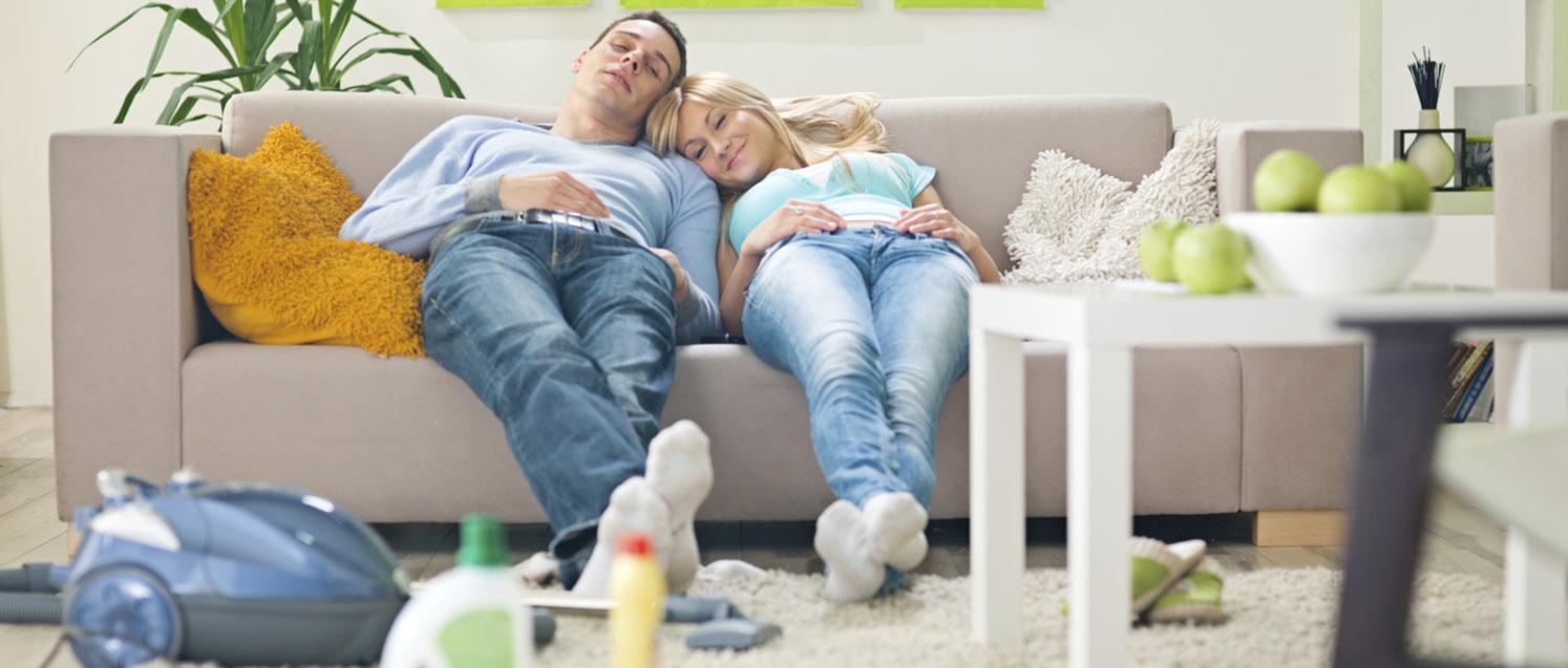 Чистить диван в домашних условиях 392