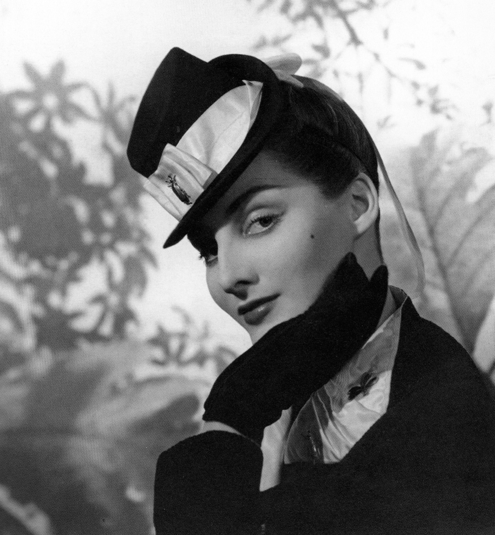 elsa-schiaparelli-mini-top-hat