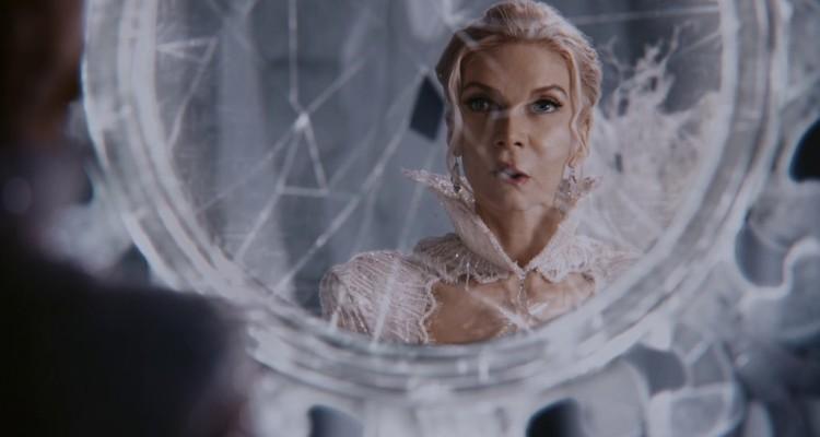 Зеркало Снежной королевы: как мы смотрим на других