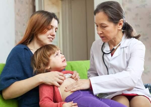 Ребенок подхватил кишечную инфекцию: что делать