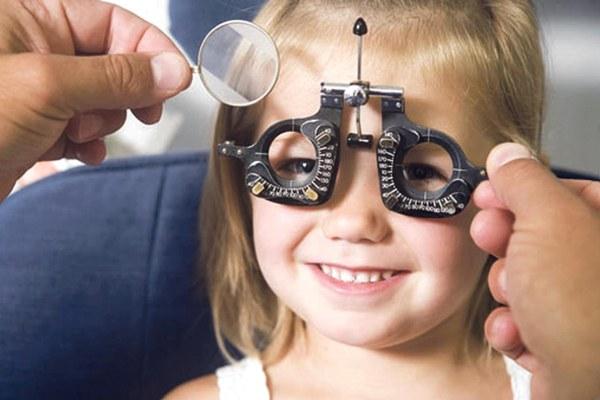 До 7 лет без гаджетов, или Как сохранить ребенку хорошее зрение