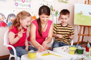 Мама в декрете: не клуша, а генератор творческих идей