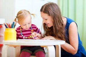 Как помочь ребенку привыкнуть к няне