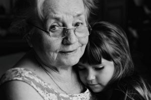 Бабушка — бесплатная нянька?