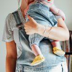 6 способов помочь молодой маме