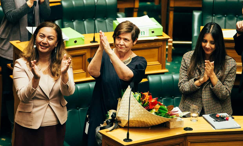 В Новой Зеландии вводят оплачиваемый отпуск для жертв домашнего насилия