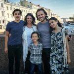 Одна абсолютно счастливая семья из Голливуда