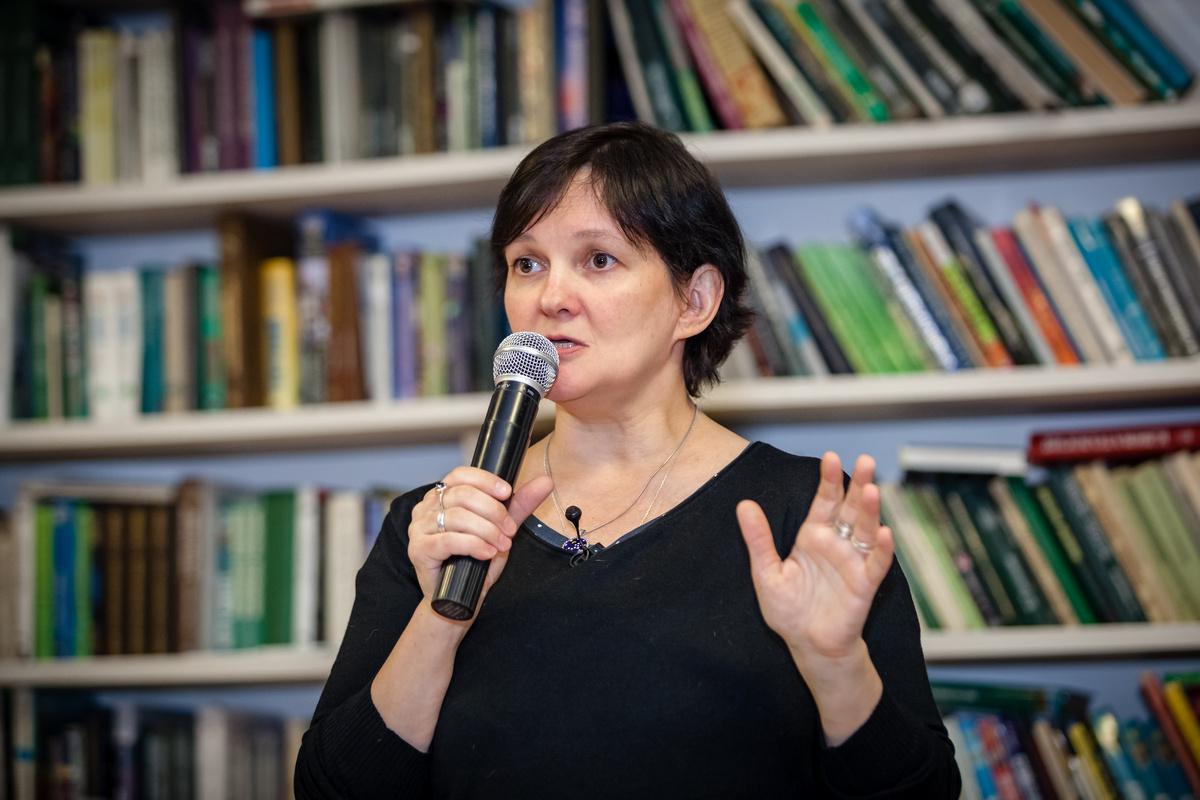 Свобода и контроль в жизни подростка: лекция Ирины Лукьяновой