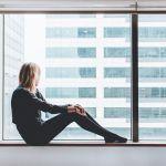 «Она умная и много зарабатывает»: как наши представление об успехе заводят нас в тупик