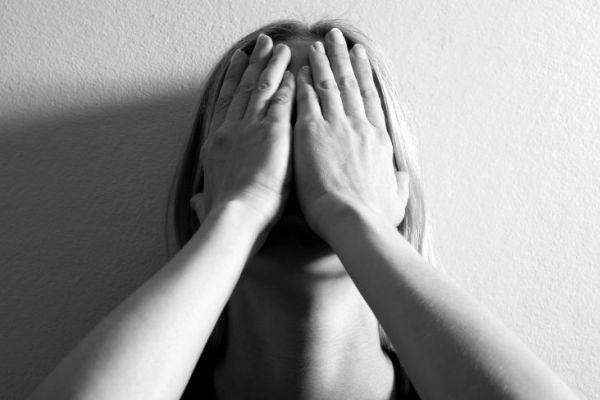 Со мной так нельзя: как противостоять тирании мужа в семье