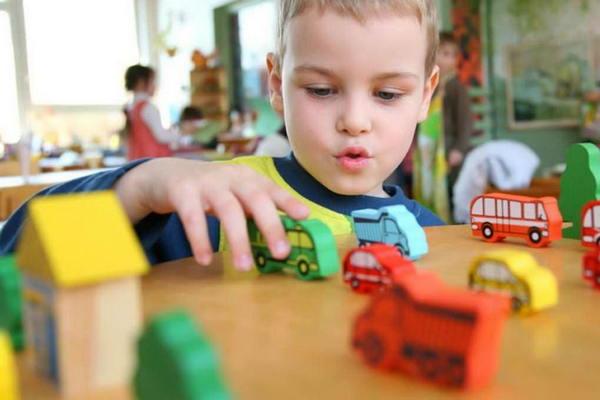 Стоит ли отдавать ребенка в детский сад