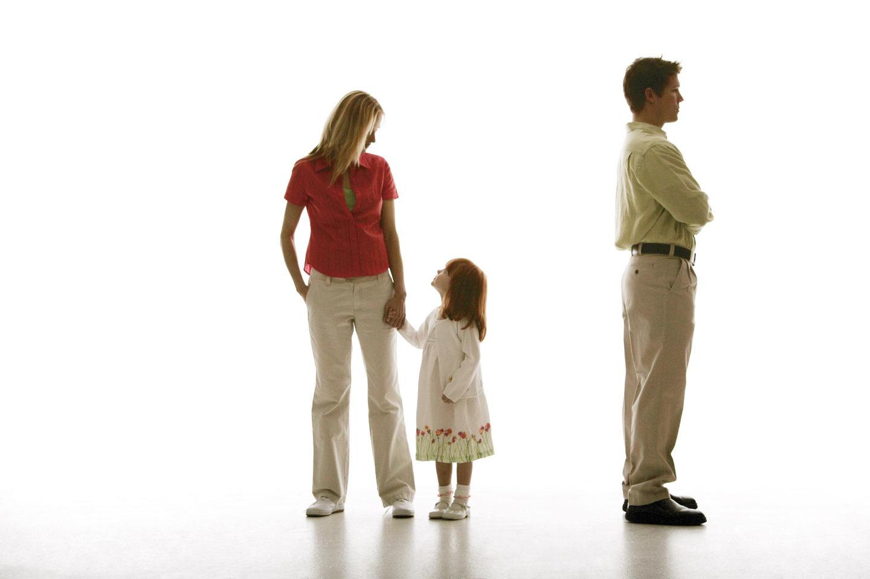 Женщина с ребенком и зануда