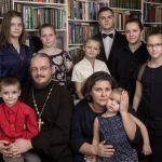 Вышла новая книга многодетной матушки Анны Ромашко