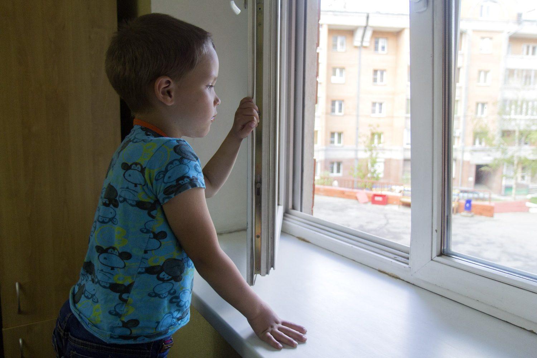 Картинки дети о окнах