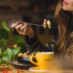 «Рита, не спеши, ешь медленно». Как поститься с пользой для души и тела