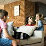 «Как об стенку горох»: как найти контакт с ребенком и смысл в бессмысленных действиях