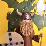 В кого превратимся сегодня? Пять великолепных костюмов из бросовых материалов