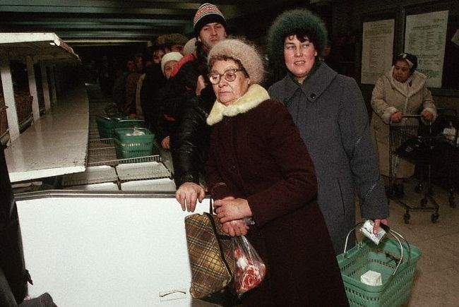 1990-Moscow, Food Markets/ Shopping