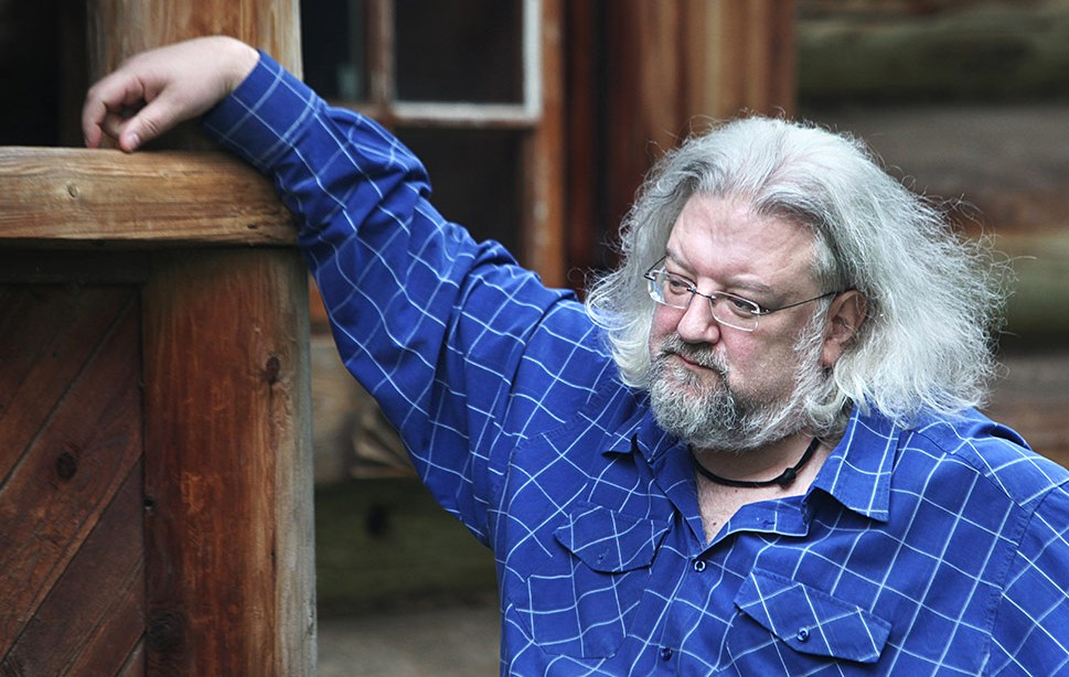 Андрей Максимов: Потеря - это приобретение свободного места рядом с собой