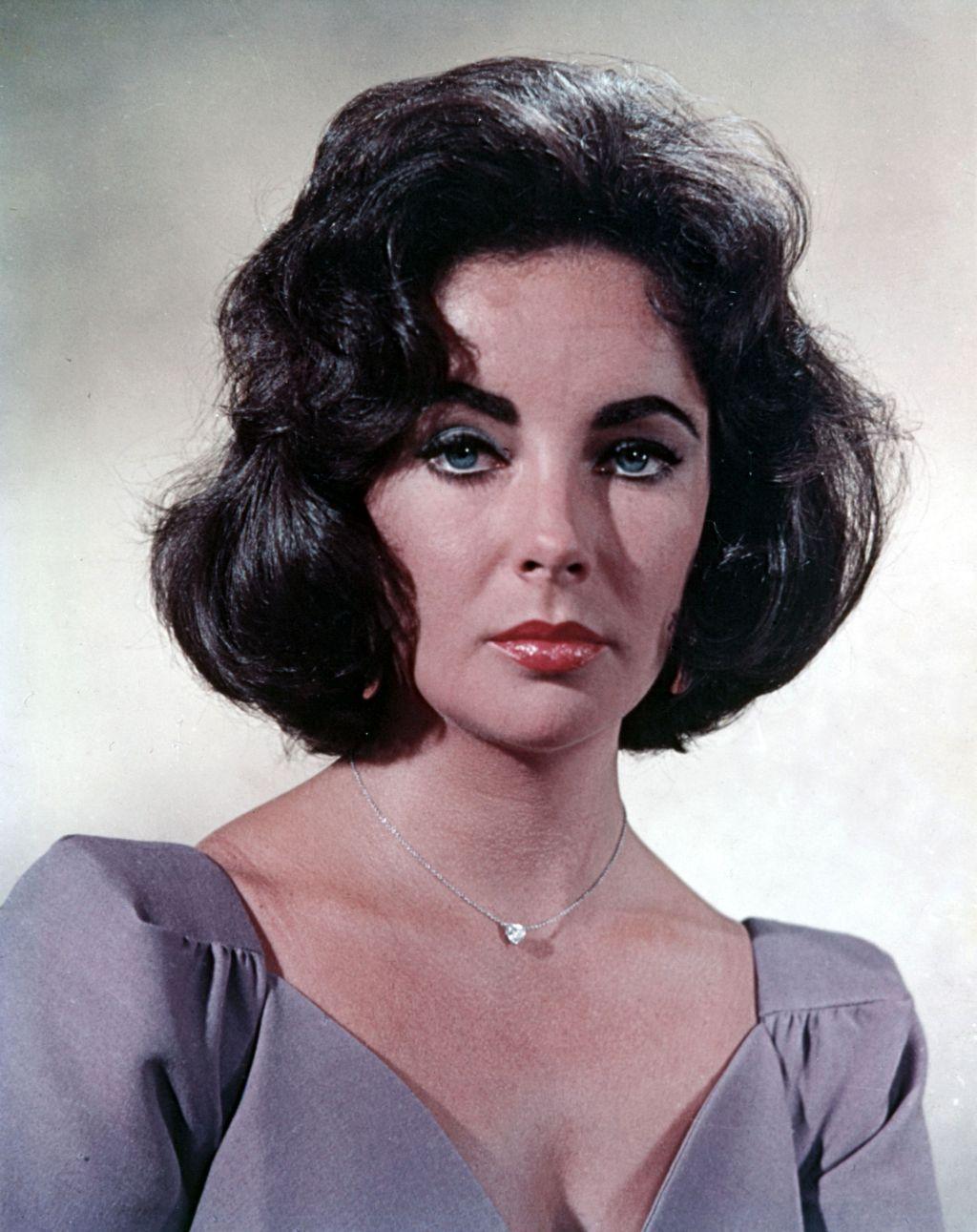 Elizabeth Taylor, rétro et filmographie. AP
