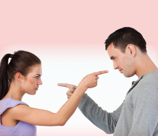 смотреть онлайн муж приглашает мужчину с большим для жены