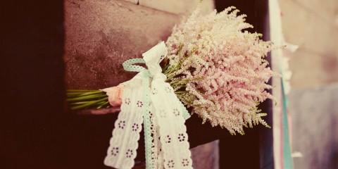 lace-bouquet-wrap