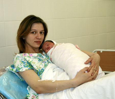 Родила ребенка - сиди дома