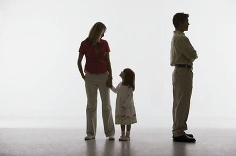 обеспечение матери ребенка после развода так они