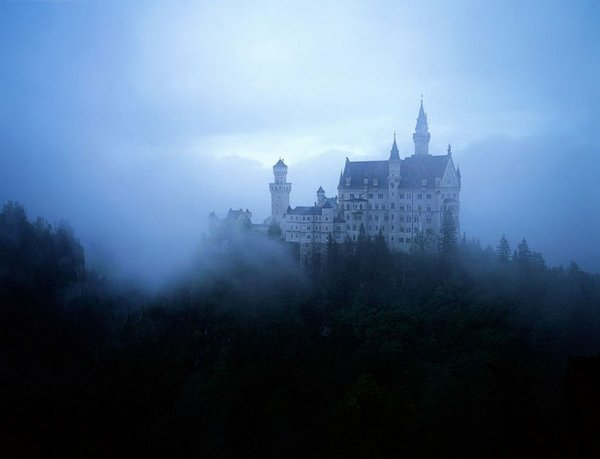 sleeping-beauty-castle-10